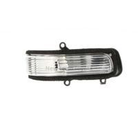 Genuine Toyota RH Front Side Marker Repeater Light / Lamp Aurion 2006-2011
